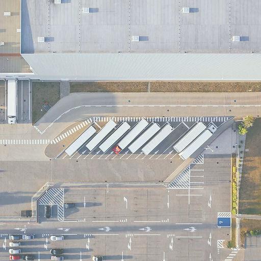 Aerial-Trucks-1200-1200_edited.jpg