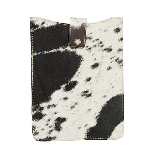 I Pad Cover- Black and White