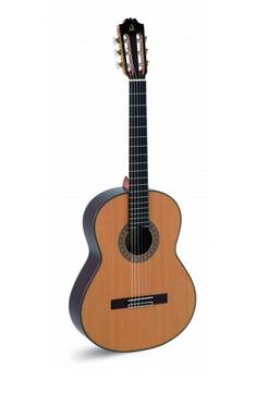 "Guitarra Clásia""Admira"" A 20"