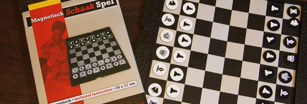 MAGNIT POCKET CHESS
