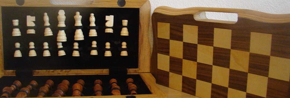 CHESS BOARD AND FIGURE