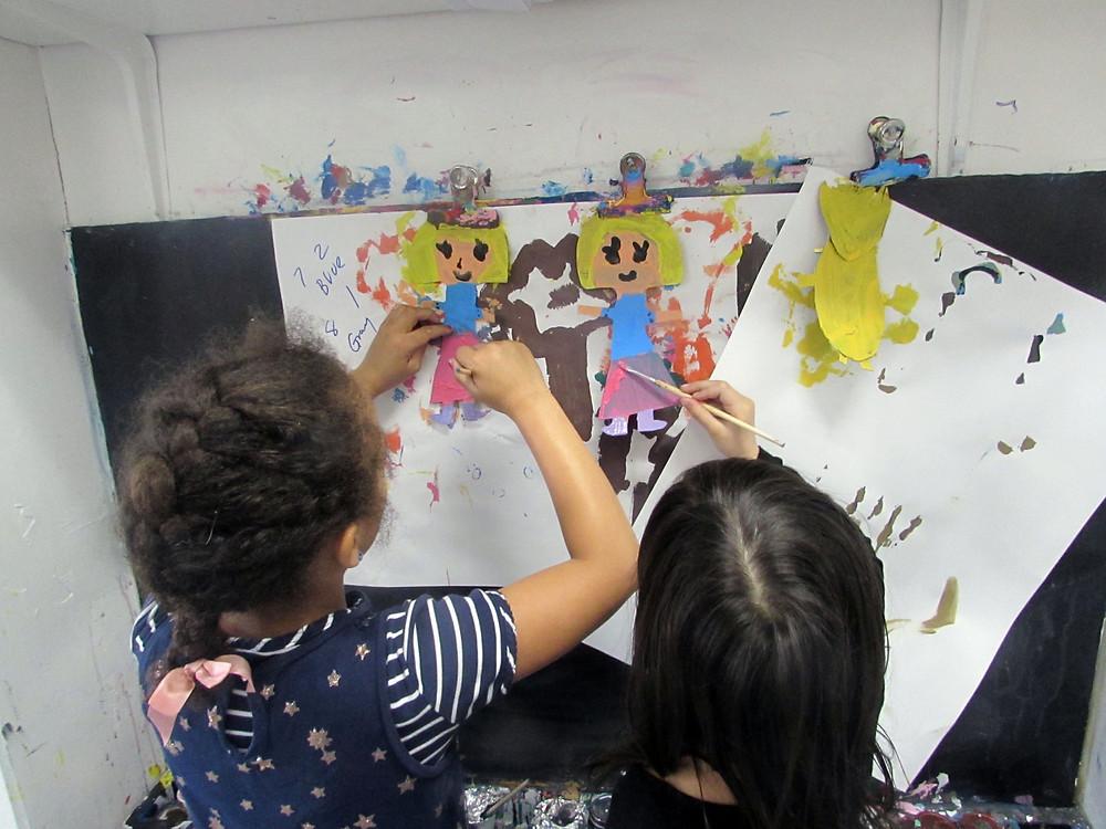 Cleopatra Kelemen and Anya Shangloo, VIsE, paint Goldilocks