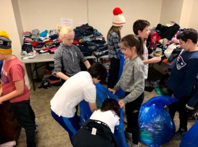 Xs organizing clothing