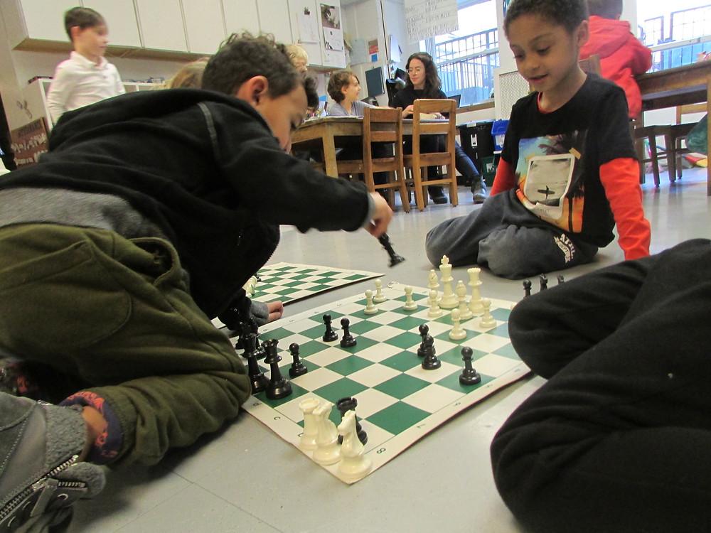 Vs playing chess