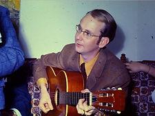 MASON, Pete_acoustic guitar.jpg