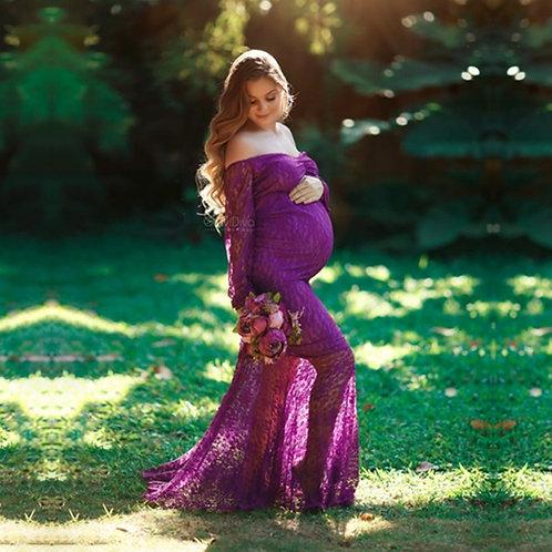 Long Sleeve Lace Sweet Heart Maxi Maternity Dress