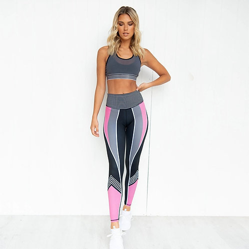 Women Sportswear Set - Padded Top & Leggings