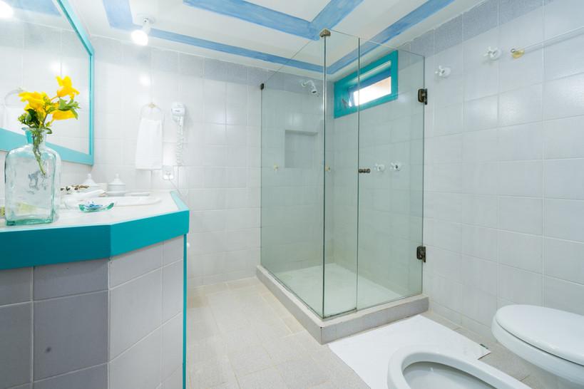Araras banheiro 2 baixa.jpg