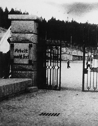 Gate_of_Flossenbürg_concentration_camp.j