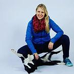 Alexandra mit Hund.jpg