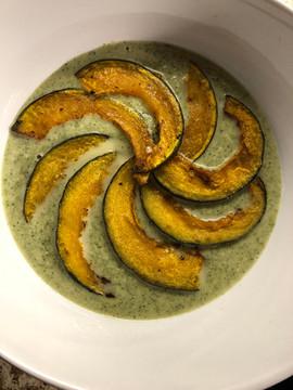 acorn squash and broccoli soup.jpg