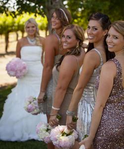 rock-paper-scissors-salon-sonoma-napa-Lindsay-and-Kenny-bridal-party-Photo-by-Luke-Snyder-Studio