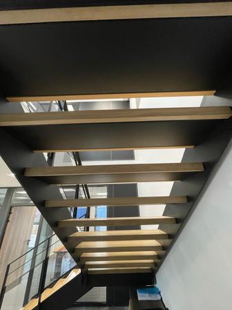 Escalier siège social 5