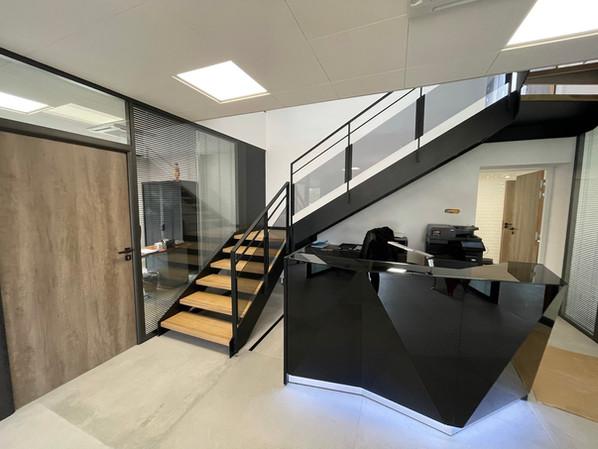 Escalier siège social 1