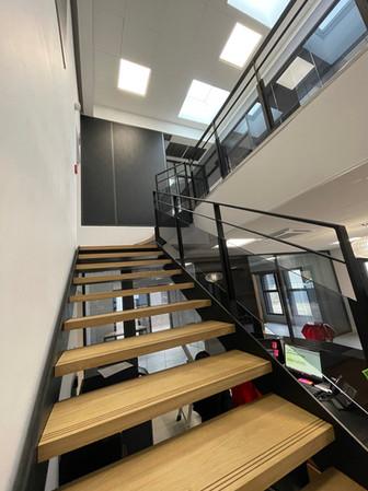 Escalier siège social 3