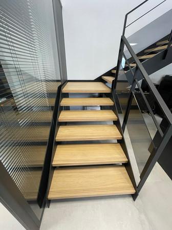 Escalier siège social 4