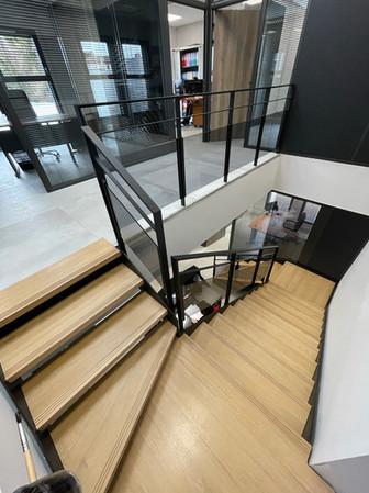 Escalier siège social 2
