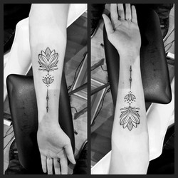 TATTOO LOTUS GRAPHIQUE