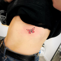 TATOUAGE PAPILLION
