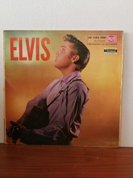 Elvis Presley-Elvis