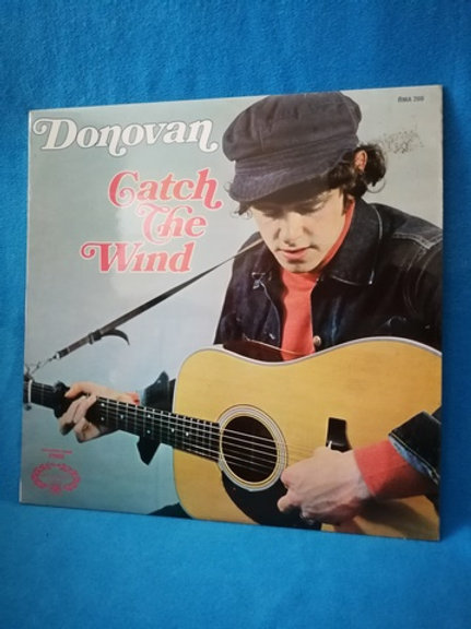 Donovan- Catch The Wind