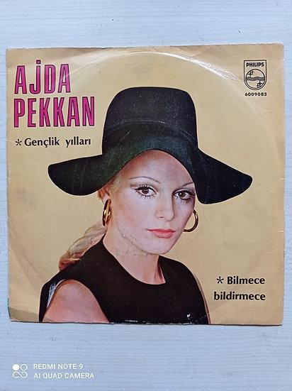 Ajda Pekkan Bilmece Bildirmece - Gençlik Yılları 45'lik