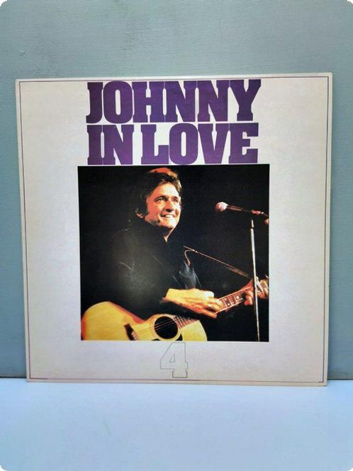 Johnny in Love- 4: Plak - LP