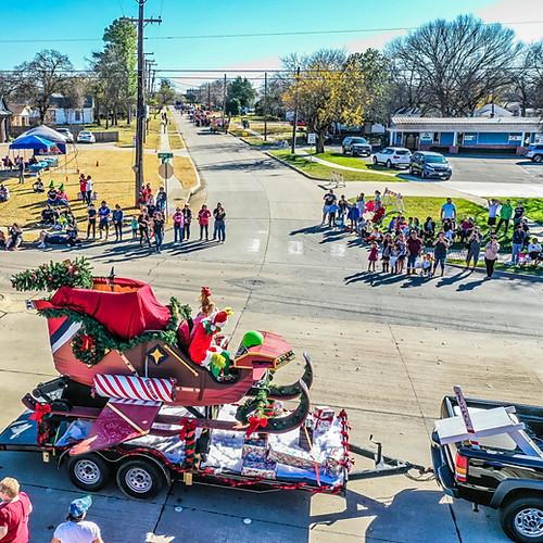 Hometown Holidays Parade