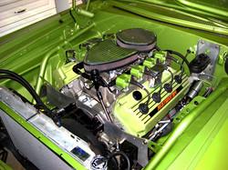 Hemi engine green 1 800pix.JPG