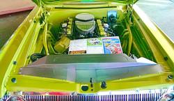 HEMI in 64 Dodge 800pix.JPG