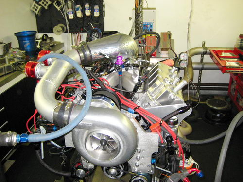 2000_HP_F3_Hemi_on_dyno_500pix.jpg