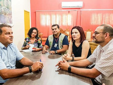 Prefeito Isaac e equipe discute funcionamento da Rede Simples com equipe da Junta Comercial e Sebrae
