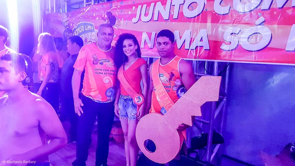 Prefeito Isaac Lima e a rainha do carnaval Milena Souza e rei momo Edvilson