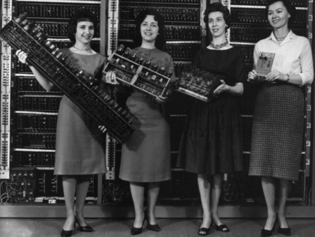 ENIAC WOMEN: the untold story of women who changed the future of computers