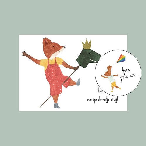 Postkaart - met buttom fiere grote zus