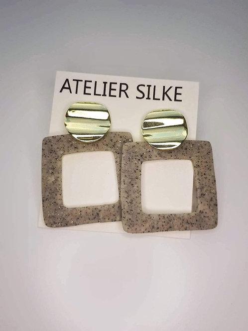 Oorringen vierkant grijs en zilver