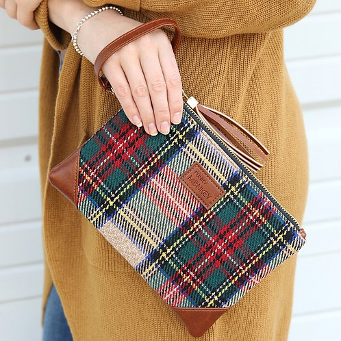Mad About Plaid......Wristlet