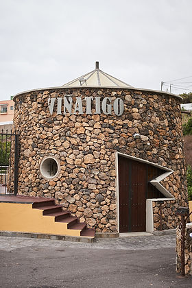 Viñatigo Winery Exterior