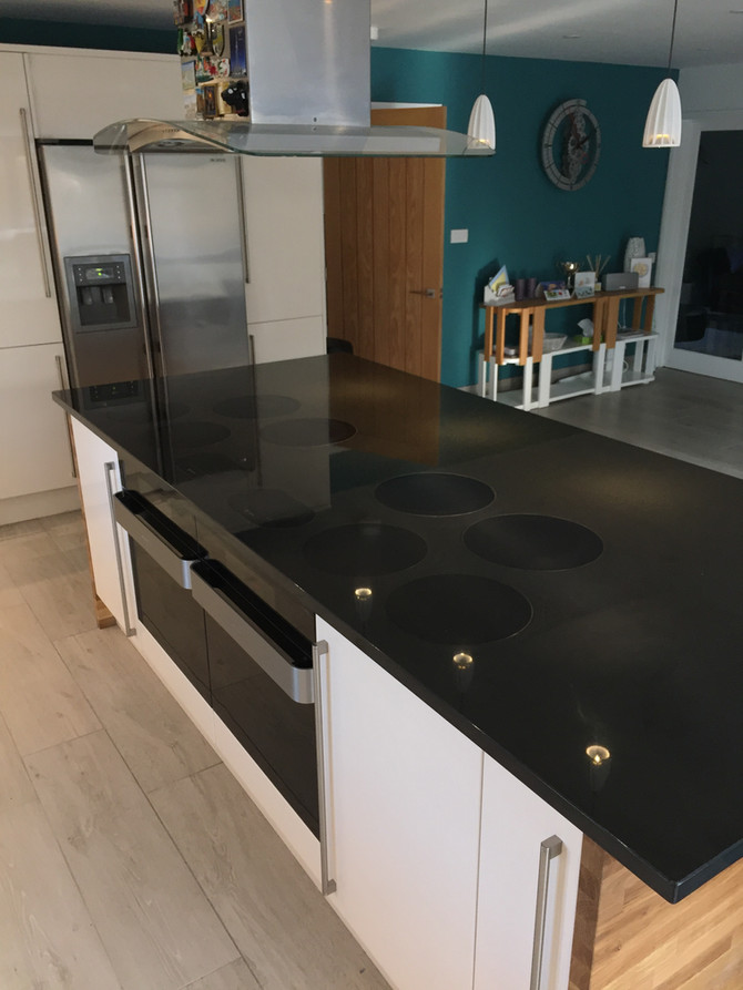 Flush Mounted Induction Hobs