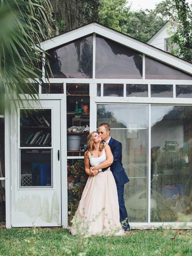 Charleston-sc-backyard-wedding-portrait-photography-209.jpg