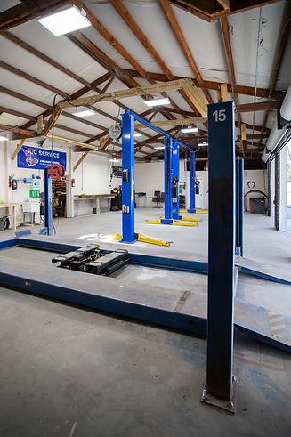 Swifts Garage-0111.jpg
