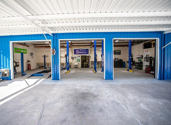 Swifts Garage - Front & Center Client