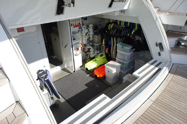 2008 Maiora 107 Storage