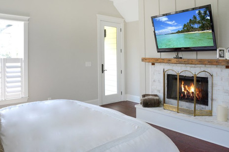 Master+Bedroom+Fireplace.jpg
