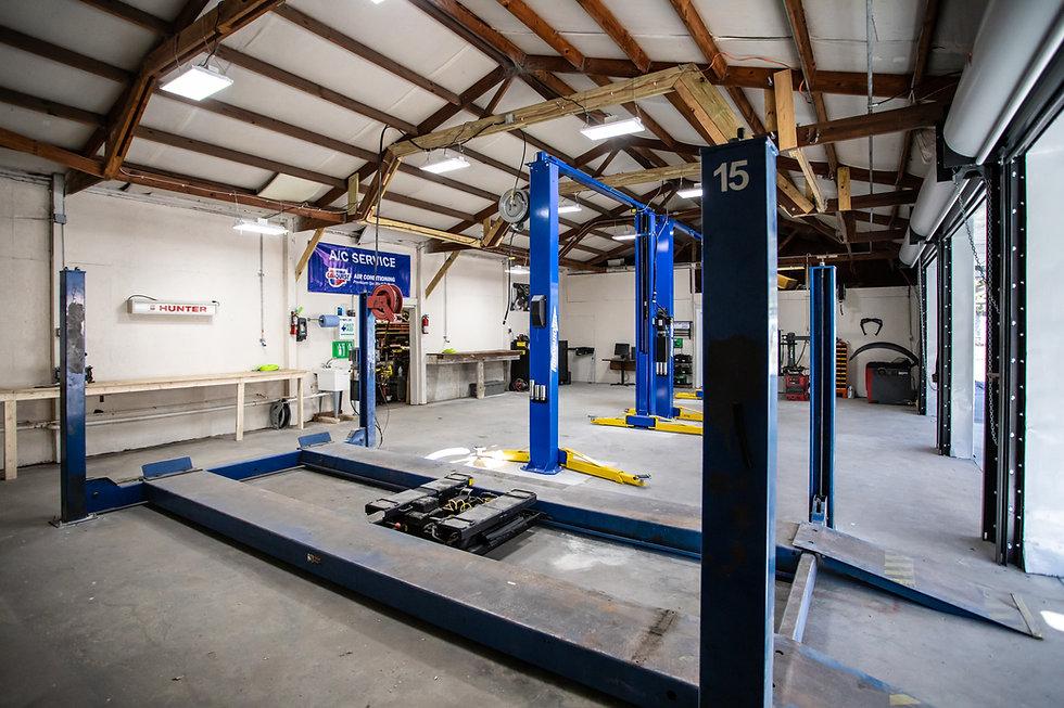 Swifts Garage-0109.jpg