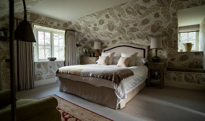 09. Henley Bedroom (Full Bed).jpg