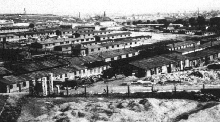 普瓦舒夫集中營
