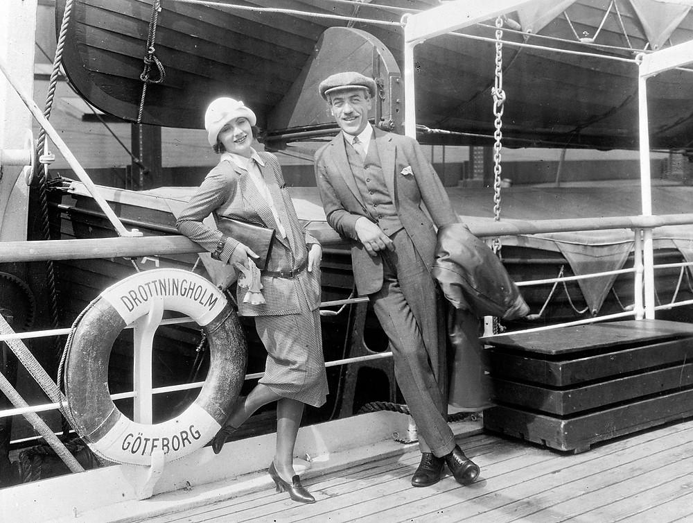 1925年,嘉寶與恩師伯樂從瑞典出發萬里迢迢到達美國