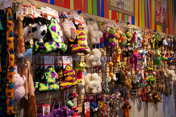Wags & Whiskers Plush Toy Wall