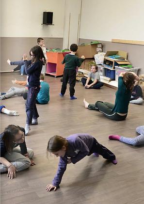 LaëtitiaLanoë_photoRichardLouvet_danse à l'école